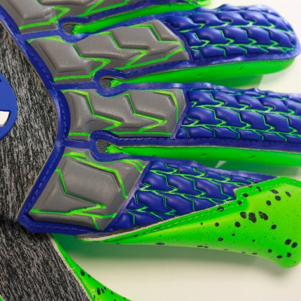 UHLSPORT TENSIONGREEN SUPERGRIP HN Goalkeeper Gloves