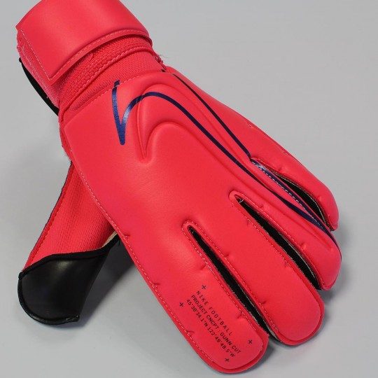 Nike Gunn Cut PROMO Laser Crimson Goalkeeper Gloves