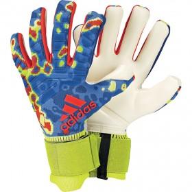 f952516920e adidas PREDATOR PRO Manuel Neuer. adidas PREDATOR PRO Manuel Neuer  Goalkeeper Gloves