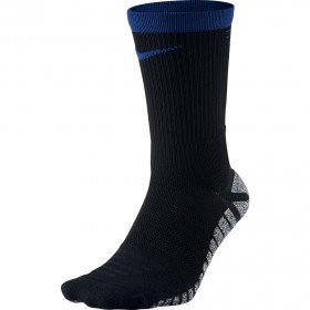 NIKE GRIP Strike Lightweight Crew